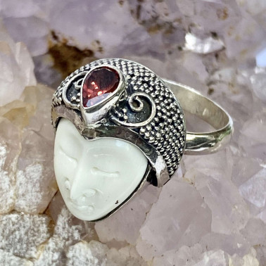 RR 14684 BN-GR-(HANDMADE 925 BALI SILVER BONE FACE RING WITH GARNET)