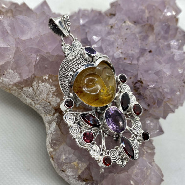 PD 10746 AR-MX-(HANDMADE 925 BALI SILVER AMBER FACE PENDANT WITH MIX GEMSTONES)