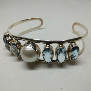 BR 10825-HANDMADE 925 BALI SILVER BRACELET WITH BLUE TOPAZ AND MABE PEARL