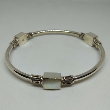 BR 13351 MP-(HANDMADE 925 BALI SILVER BRACELET WITH MOTHER OF PEARL)