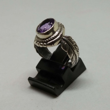 RR 13939 AM-(HANDMADE 925 BALI SILVER FEATHER RING WITH AMETHYST)