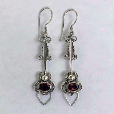 ER 09309 GR-HANDMADE 925 BALI SILVER FILIGREE EARRINGS WITH GARNET