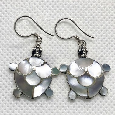 ER 05326 S-MP-(SMALL HANDMADE 925 BALI SILVER TURTLE EARRINGS WITH MOTHER OF PEARL)