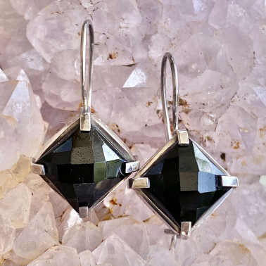ER 08882 OX-(HANDMADE 925 BALI STERLING SILVER EARRING WITH ONYX)