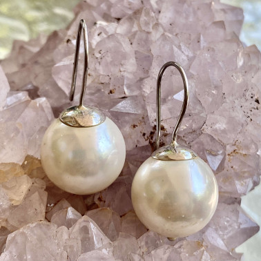 ER 11268 B-(HANDMADE 925 BALI STERLING SILVER EARRINGS WITH SHELL PEARL)