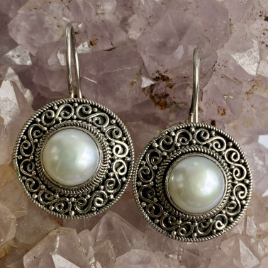 ER 11906 PL-(HANDMADE 925 BALI SILVER FILIGREE EARRINGS WITH PEARL)
