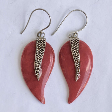 ER 12938 CR-(HANDMADE 925 BALI SILVER GRANULATED EARRINGS WITH CORAL)