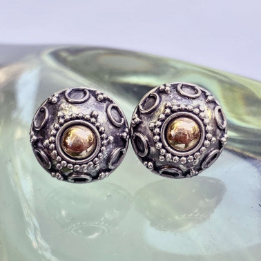 ER 13848-(HANDMADE 925 BALI SILVER EARRING WITH 18KT GOLD ACCENT)