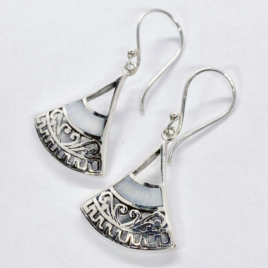 ER 14716 MP-(HANDMADE 925 BALI SILVER EARRINGS WITH MOTHER OF PEARL)