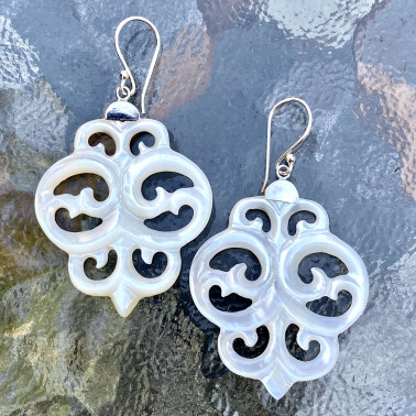 ER 14766 MP-(HANDMADE UNIQUE 925 BALI SILVER EARRINGS WITH MOP)