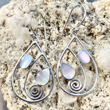 ER 14784 MP-(Handmade 925 Bali Sterling Silver Earrings with MOTHER OF PEARL)