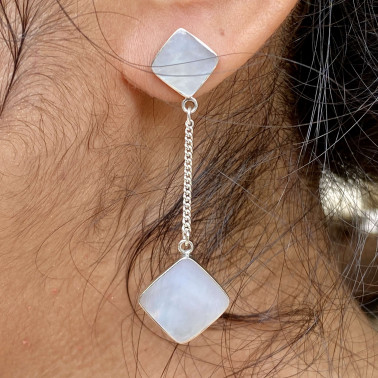 ER 14812 B-MP-(HANDMADE BALI 925 STERLING SILVER DANGLE EARRINGS WITH MOTHER OF PEARL)