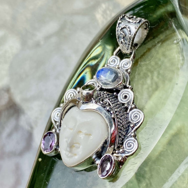 PD 08782 BN-(HANDMADE 925 BALI SILVER BONE FACE PENDANT WITH MIX STONES)