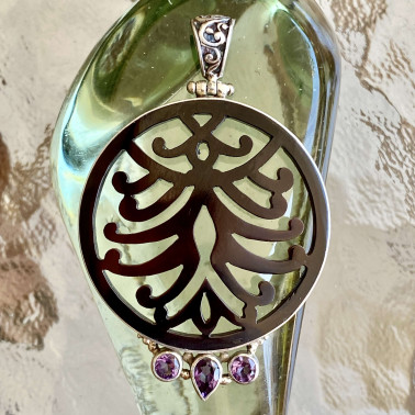 PD 08004 BS-AM-(HANDMADE 925 BALI STERLING SILVER PENDANTS WITH SHELL, AMETHYST)