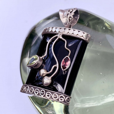 PD 08880 OX-MX-(HANDMADE 925 BALI SILVER PENDANT WITH BLACK ONYX)