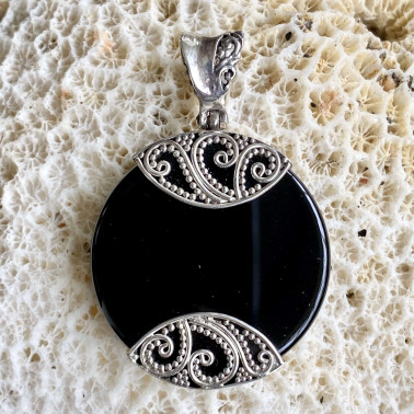 PD 09259 OX-(HANDMADE 925 BALI STERLING SILVER PENDANTS WITH ONYX)