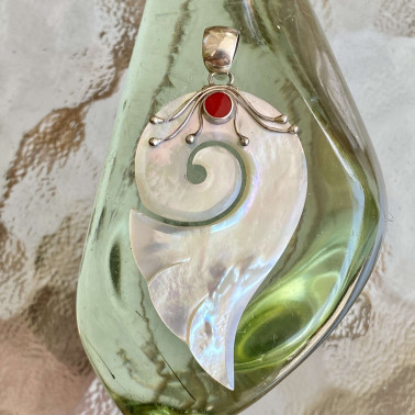 PD  09572 MP-(HANDMADE 925 BALI STERLING SILVER PENDANTS WITH MOTHER OF PEARL)