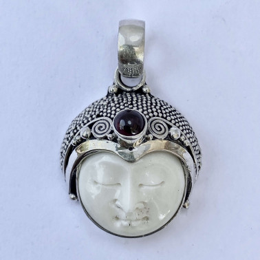 PD 11860 BN-(HANDMADE 925 BALI SILVER BONE FACE PENDANT WITHGARNET)