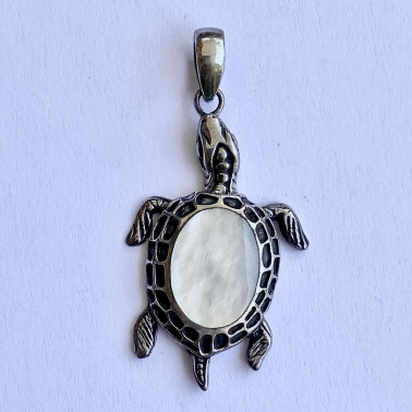 PD 13256 MP-(HANDMADE 925 BALI SILVER TURTLE PENDANTS WITH MOP)
