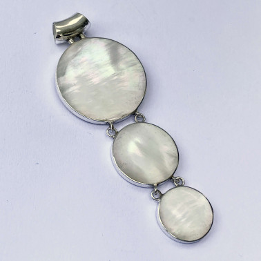 PD 14580 MP-(HANDMADE 925 BALI SILVER PENDANT WITH SHELL)