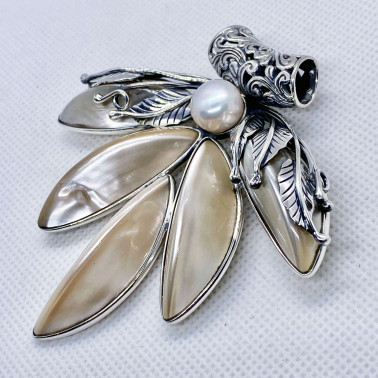 PD 14722 PL-(UNIQUE VINTAGE 925 BALI SILVER PENDANT / BROOCH WITH MOTHER OF PEARL)