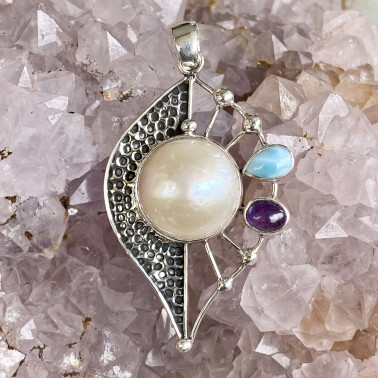 PD 14799 B-(HANDMADE 925 BALI STERLING SILVER PENDANTS WITH WHITE MABE PEARL)