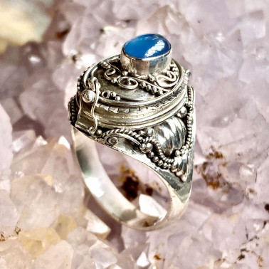 RR 01107-(HANDMADE 925 BALI STERLING SILVER POISON  RING WITH BLUE AGATE)