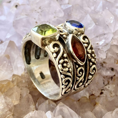 RR 13326 B-MX-(HANDMADE 925 BALI STERLING SILVER RING WITH BLUE SAFIR, GARNET, PERIDOT)