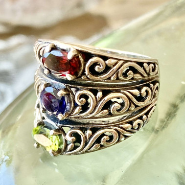 RR 13326 MX-(HANDMADE 925 BALI STERLING SILVER RING WITH GARNET, BLUE SAFIR, PERIDOT)