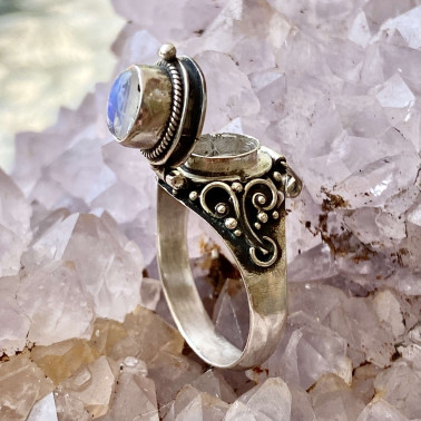 RR 13763 RM-(HANDMADE 925 BALI STERLING SILVER POISON RING WITH  RAINBOW MOONSTONE)