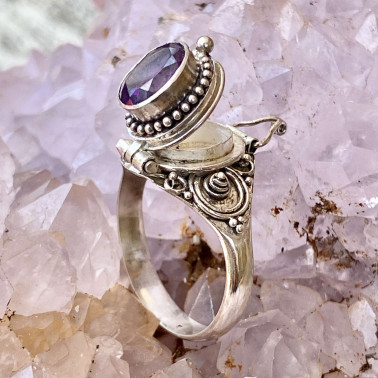 RR 13780 AM-(HANDMADE 925 BALI STERLING SILVER POISON RING WITH AMETHYST)