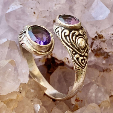 RR 14203 AM-(HANDMADE 925 BALI STERLING SILVER RING WITH AMETHYST)