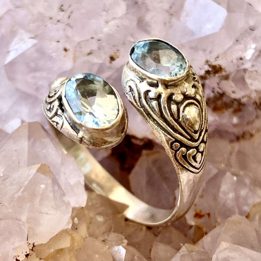 RR 14203 BT-(HANDMADE 925 BALI STERLING SILVER RING WITH BLUE TOPAZ)