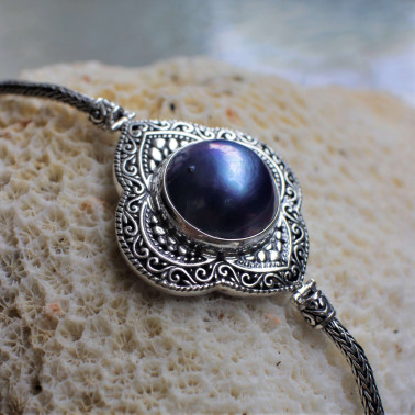 BR 14864 BMP-(HANDMADE 925 BALI SILVER CHAIN BRACELET WITH BLUE MABE PEARL)