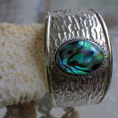 BR 14854 AB-(HANDMADE 925 BALI SILVER HAMMER CUFF BRACELET WITH ABALONE)